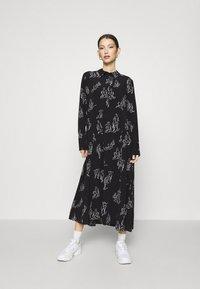 Monki - ADA DRESS - Skjortekjole - black - 0
