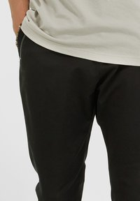 YOUNG POETS SOCIETY - Trousers - black - 3