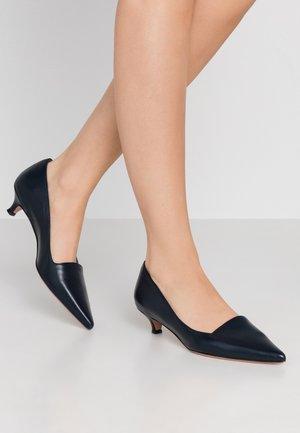 SAMMY  - Classic heels - oceano