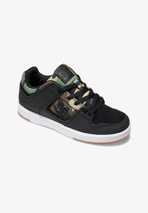 Skateschoenen - black/camo