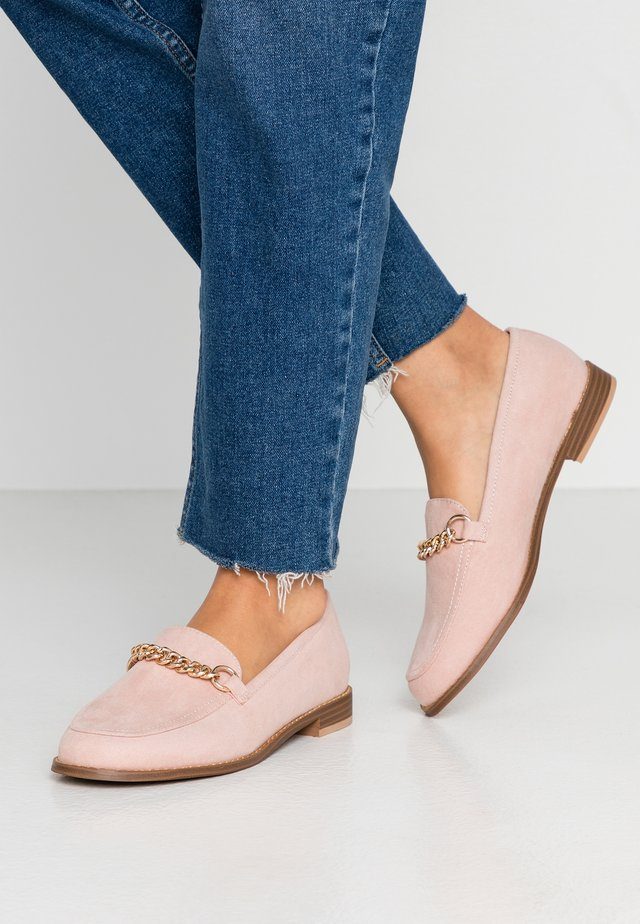 WIDE FIT - Slip-ons - natural