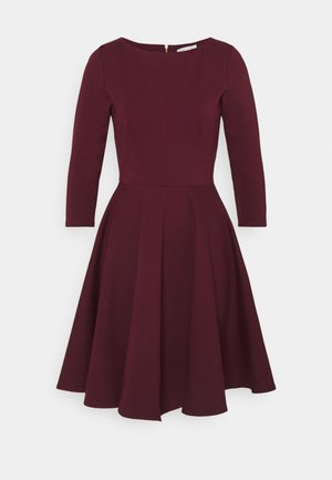 3/4 SLEEEVE SKATER DRESS - Jersey dress - maroon