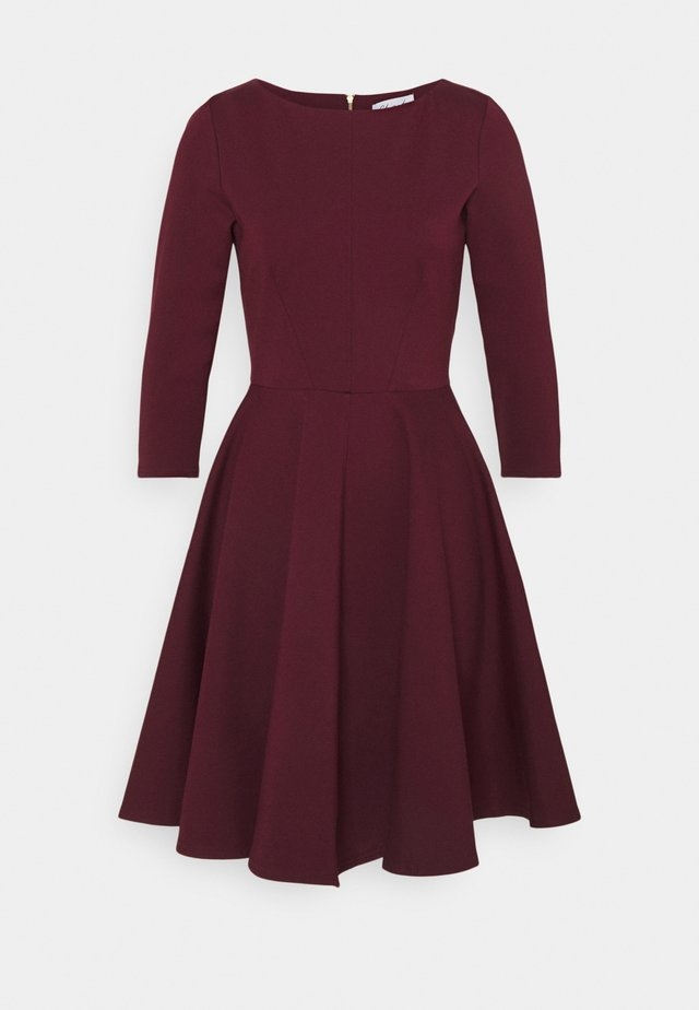 3/4 SLEEEVE SKATER DRESS - Trikoomekko - maroon