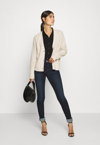 Marc O'Polo - CARDIGAN LONGSLEEVE SADDLE SHOULDER BUTTON CLOSURE - Cardigan - sandy melange - 1