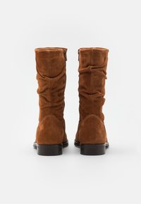 Apple of Eden - GIGI - Boots - cognac - 3