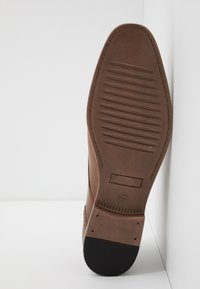 Pier One - Veterschoenen - cognac - 4