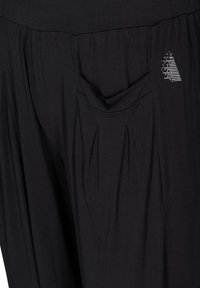 Active by Zizzi - WITH POCKETS - Tracksuit bottoms - black - 4