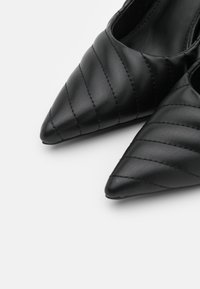 NA-KD - QUILTED POINTY  - High heels - black - 5