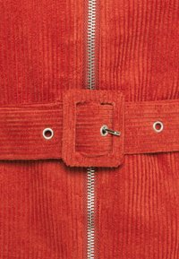 Glamorous Petite - LADIES DRESS - Robe d'été - burnt orange - 2