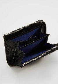 Le Tanneur - CHARLES - Wallet - noir - 5
