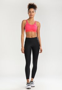 triaction by Triumph - TRIACTION CONTROL - Sport BH - pink lemonade - 1