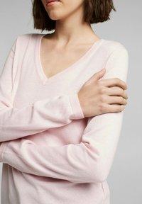 edc by Esprit - COO  - Jumper - light pink - 3