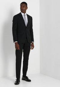 Tommy Hilfiger Tailored - SLIM FIT SUIT - Oblek - black - 1