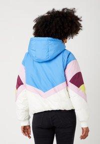 Wrangler - RAINBOW PUFFER - Winter jacket - worn white - 2