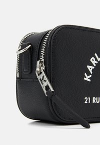 KARL LAGERFELD - GUILLAUME CAMERA BAG - Sac bandoulière - black - 5