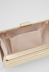 Forever New - MACY PANEL HARDCASE - Clutch - gold - 4