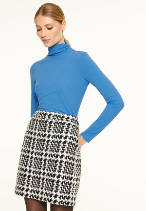 Long sleeved top - sapphire blue