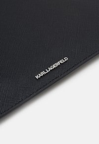 KARL LAGERFELD - IKONIK POUCH - Clutch - black - 5