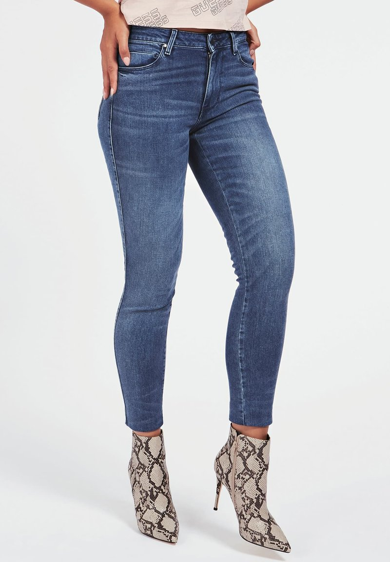 Guess - SKINNY BIJOU - Jeans Skinny Fit - bleu