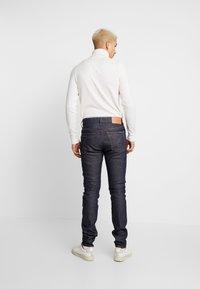 Calvin Klein Jeans - SLIM TAPER - Jeans Tapered Fit - blue slvg - 2