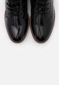 Tamaris - BOOTS - Šněrovací kotníkové boty - black - 5