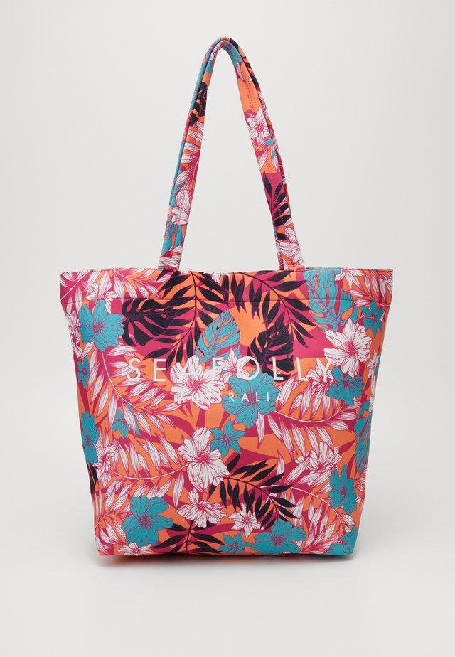 COPACABANA TOTE - Tote bag - ultra pink