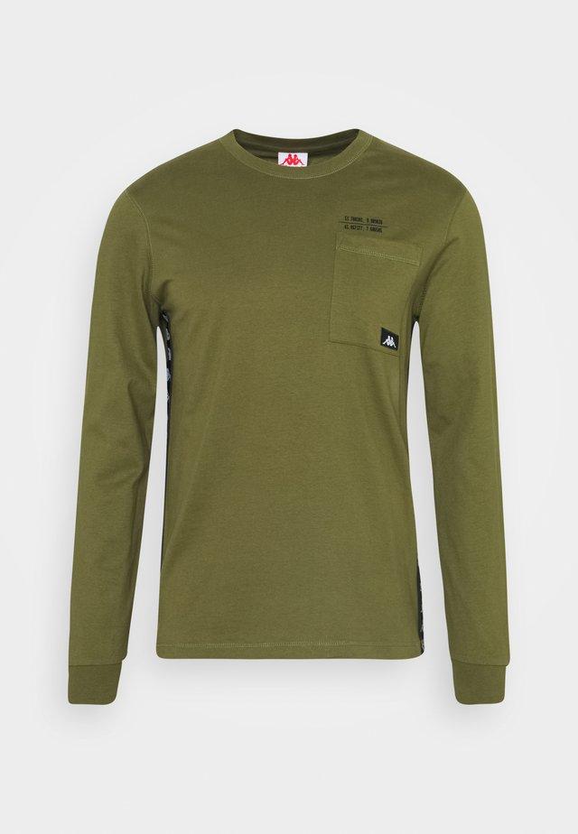 HOLGA - Langærmede T-shirts - winter moss