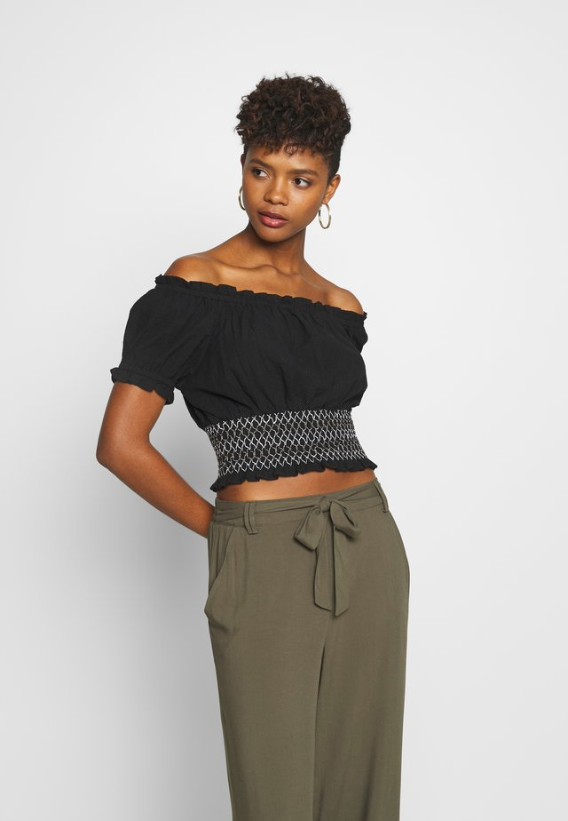 SUNSET SHIRRED OFF SHOULDER - Camicetta - black