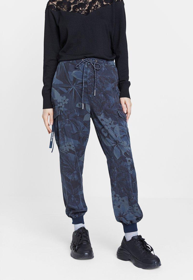 Desigual - MALALA - Pantalon de survêtement - blue