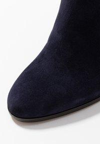 Cosmoparis - SALEMAS - High heeled boots - marine - 2