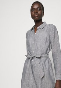 Barbour - TERN DRESS - Sukienka koszulowa - navy - 3