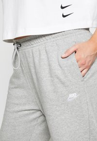 Nike Sportswear - PANT - Tracksuit bottoms - grey heather/white - 7