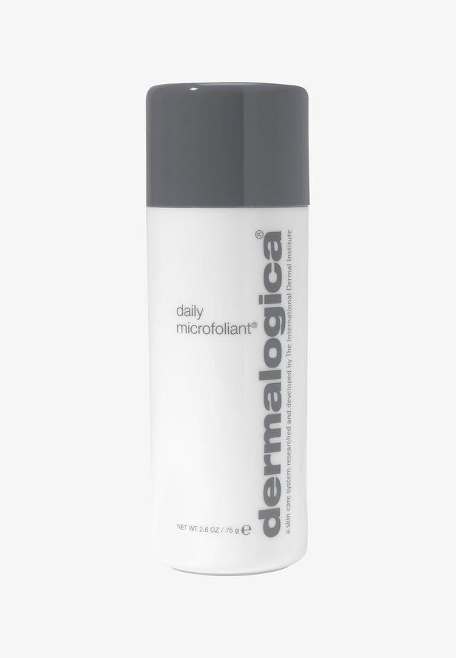 DAILY MICROFOLIANT®  - Face scrub - -