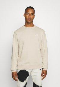 Nike Sportswear - CLUB CREW - Felpa - grain - 0