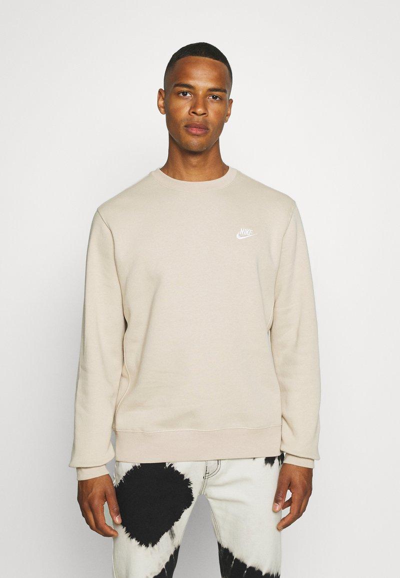 Nike Sportswear - CLUB CREW - Felpa - grain