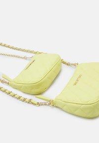 Valentino Bags - OCARINA SET - Across body bag - giallo - 3