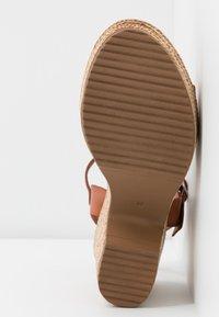 Musse & Cloud - ERA - Sandály na vysokém podpatku - tan - 6
