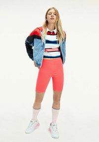 Tommy Jeans - Light jacket - red,light blue,blue - 0