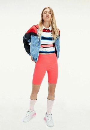 Light jacket - red,light blue,blue