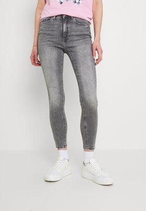 ONLPAOLA - Skinny džíny - grey denim
