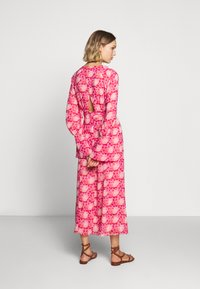Three Floor - DEVOTED DRESS - Day dress - tomato red/chintz rose - 2
