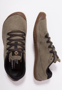 Merrell - VAPOR GLOVE LUNA - Zapatillas running neutras - dusty olive - 1