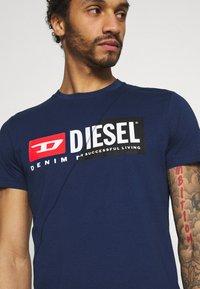 Diesel - DIEGO CUTY - Printtipaita - blue - 3