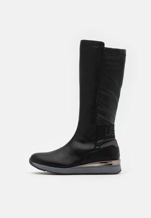 CONNIE  - Vysoká obuv - black