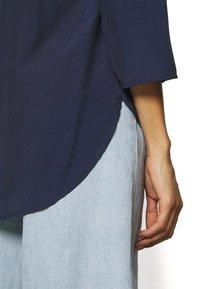 Anna Field - Basic V neck Blouse - Blusa - dark blue - 4