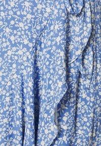 Forever New Curve - KIRI SPLIT SLEEVE WRAP DRESS - Day dress - blue - 2