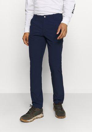 RUNBOLD PANTS  - Spodnie materiałowe - marine