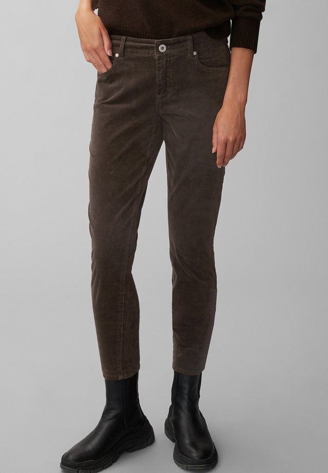 ALBY SLIM - Broek - dark chocolate