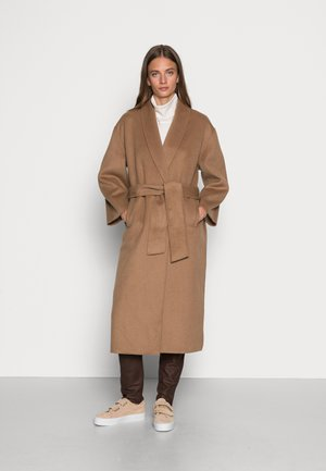 TOTRA - Classic coat - nougat