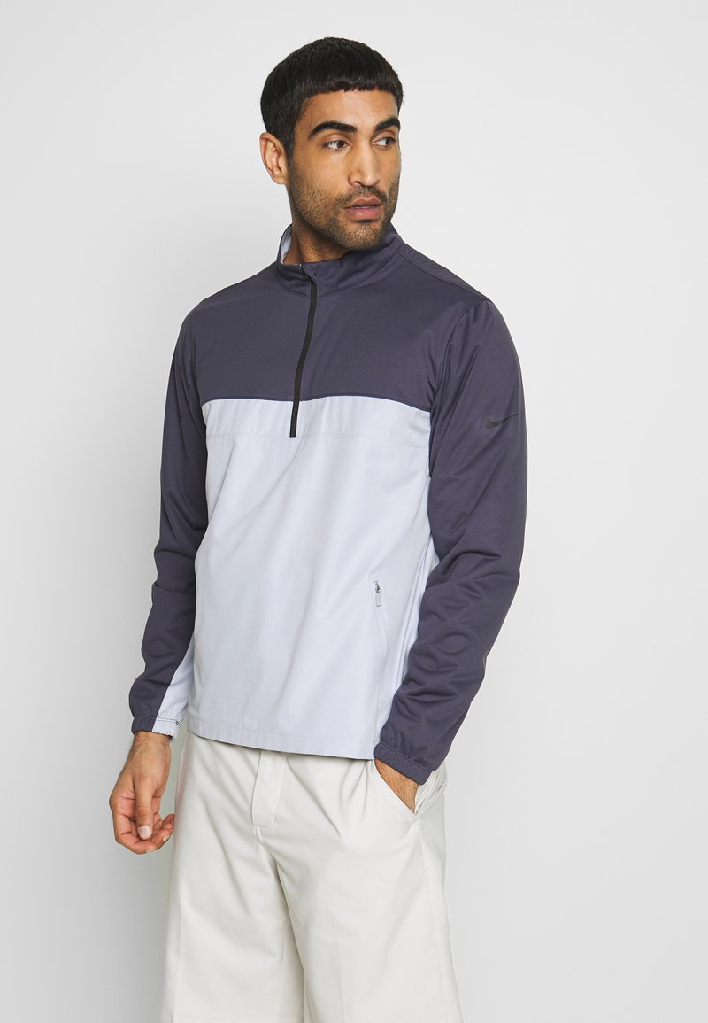 Nike Golf - SHIELD VICTORY HALF ZIP - Sportovní bunda - gridiron/sky grey/black